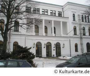rathaus altona in hamburg auf kultur stadtplan von hamburg adresse standort. Black Bedroom Furniture Sets. Home Design Ideas